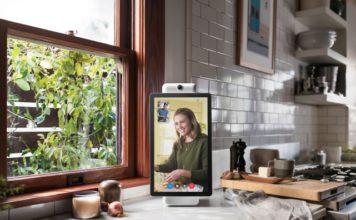 Facebook lance son écran intelligent pour passer des appels vidéo.